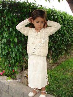 #Mädchen #Set, langer #Rock mit #Strickjacke, #ökologische #Pima #Baumwolle Unsere verarbeitete Pima Baumwolle ist naturbelassen und nicht chemisch gefärbt. Natürliche #Mode, freundlich zu Ihrer Haut und Umwelt, aus #Peru
