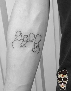 family tattoo - aile dövmesi first tattoo ideas Mama Tattoos, Red Ink Tattoos, Sibling Tattoos, Family Tattoos, Cute Tattoos, Body Art Tattoos, Rib Tattoos, Foot Tattoos, Flower Tattoos