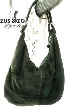 625f2c8f1dd Casual bag suède donkergroen | Tassen echt leer | Zus & Zo Lifestyle