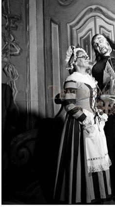 3. ANNA MARIA CANALI, Costumista MARIO VELLANI, Regista MARCHICARLO PICCINATO, Teatro La Scala, Milano 1956 Fonte: archiviolacala.it