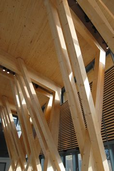Hereford College of Art Hub With a strong sustainability agenda, the structure is formed of glu-lam and mass-timber and the space is naturally ventilated and day-lit. Timber Architecture, Timber Buildings, Architecture Details, Roof Design, House Design, Pavillion, Wood Bedroom Sets, Timber Structure, Roof Trusses
