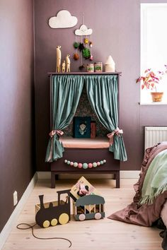 Great Cost-Free mommo design: STYLISH IKEA HACKS FOR KIDS - Style Buying a well-designed sofa is a major choice and not merely one to create lightly. Diy Home Decor Bedroom, Kids Bedroom Furniture, Boys Room Decor, Kids Decor, Furniture Design, Room Kids, Cheap Furniture, Furniture Removal, Furniture Stores