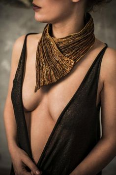 "Necklace | Ornella Marotta, Atelier Son Form.  ""Ingres"" from the Femininity Collection.  Textile"