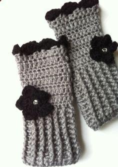 Fingerless gloves Crochet wrist warmer by LittleAsiaGirl on Etsy, $36.00