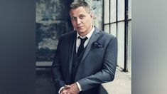 Interview: Actor Holt McCallany on getting beat up by Batman in 'Justice League,' and Season 2 of 'Mindhunter' Charles Manson, Celine Dion, Jennifer Lopez, Michael Jackson, Beyonce, Holt Mccallany, Interview, Dapper Gentleman, A Guy Who