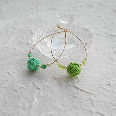 水引アクセサリーに挑戦!基本の結び方とアレンジアイデア14選 - ARVO(アルヴォ) Japanese Design, Japanese Style, Craft Bags, Diy And Crafts, Handmade Jewelry, Knots, Beads, Bracelets, Earrings