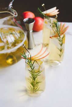Boxed Wine Pitcher Cocktails: White Wine, Rum & Apple Cider Cocktail — Out of the (Wine) Box Cocktails