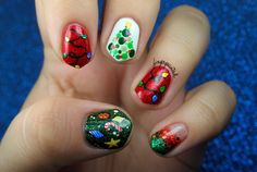 60  Best Christmas Nail Art Ideas - YeahMag