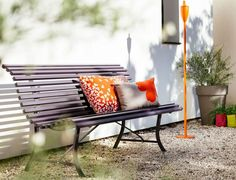 We are the partner for Fermob in New Zealand. Discover products in the Fermob Louisiane Garden Bench Collection here. Visit the NZ Fermob experts! Metal Outdoor Bench, Wooden Garden Benches, Outdoor Sofa, Outdoor Living, Outdoor Decor, Garden Furniture, Outdoor Furniture, Design Bestseller, Lounge