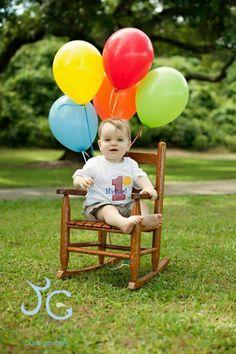 Birthday shirts help make first birthday photo shoots the best.   www,facebook.com/mamavia1