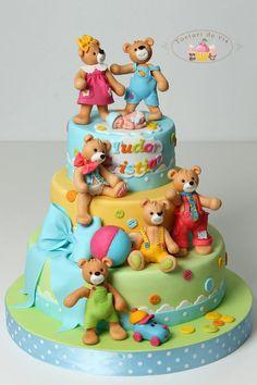Teddy Bears for Tudor - Cake by Viorica Dinu Teddy Bear Birthday Cake, Teddy Bear Cakes, Teddy Bears, Birthday Fun, Baby Cakes, Baby Shower Cakes, Cupcake Cakes, Kid Cakes, Pretty Cakes