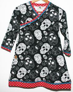 Totenkopf-Kleidchen für kleine starke Mädchen #trendy #kids