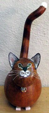"""kitty!  By Earthborn Gourd Creations!! Love it!! I have one, a small one, a """"baby"""" one as Tripp would say. One of my favorite collectibles. ^..^"""