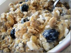 banana & blueberry oatmeal... the thought of this makes my mouth water!