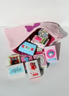 décorer des petites boîtes d'allumettes