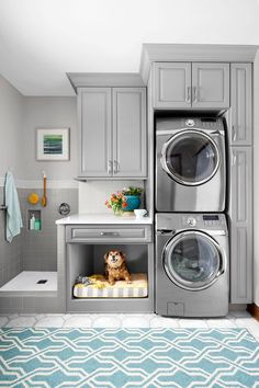 Gray laundry room with pet bed and dog washing station A simple rearrangement of task areas takes advantage of vertical space to make cleanup easier for both two- and four-legged family members Grey Laundry Rooms, Laundry Room Layouts, Laundry Room Remodel, Farmhouse Laundry Room, Laundry Room Organization, Laundry Room Design, Basement Laundry, Laundry Decor, Laundry Storage