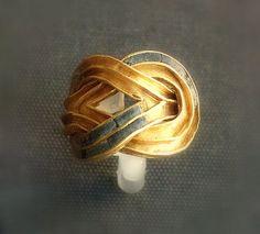 Minoans- Aigina Treasure ring 1850-1550BC British Museum