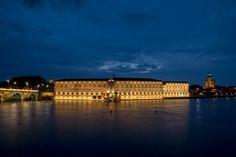 L'Hôtel-Dieu et le dôme de la Grave, Toulouse, France © P. Nin - Toulouse #visiteztoulouse #unesco