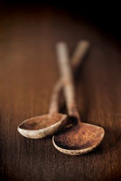 "Very simple, natural carving. Letting the wood ""guide"" the shape of the spoon. Wabi Sabi, Wooden Spoons, Rustic Spoons, Brown Beige, Brown Shades, Dark Brown, Earth Tones, Vintage Kitchen, Wooden Kitchen"