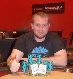 Franco Brigante gana la clásica Tuesday Poker City