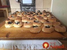 Organic Matter, Sweet Desserts, Bagel, Hamburger, Food And Drink, Bread, Chicken, Baking, Decor