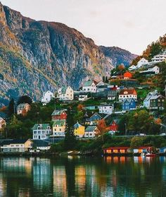 In 𝐎𝐝𝐝𝐚, Norway.