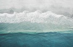Inspiring Photographs of the Ocean Seen From Above – Fubiz Media Silhouettes, Urban Poetry, Wes Anderson Movies, Nature Color Palette, Oil Portrait, Black And White Portraits, Photography Projects, Tobias, Electronic Music