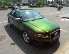 Audi is copper brown green in China Audi A4, Holographic Car, Quad, Green Wrap, Car Wrap, Copper, The Incredibles, China, Vintage