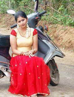 Beautiful Girl In India, Most Beautiful Indian Actress, Beautiful Actresses, Cute Beauty, Beauty Full Girl, Beauty Women, Belle Nana, Desi Girl Selfie, Grace Beauty