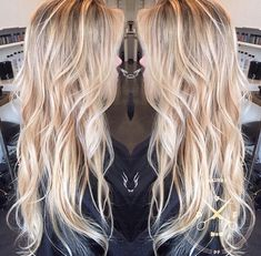 40 Picture-Perfect Hairstyles for Long Thin Hair Love The Waves! Shaggy razor-cut layers provide texture without harsh & heavy lines to weigh hair down. Natural beach waves offer the perfect amount of volume for a casual sexy style! Long Thin Hair, Long Blond, Long Cut, Short Blonde, Down Hairstyles, Latest Hairstyles, Blonde Hairstyles, Wedding Hairstyles, Beach Hairstyles