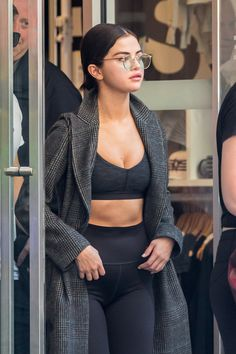September 10: Selena leaving SoulCycle in New York, NY [HQs]