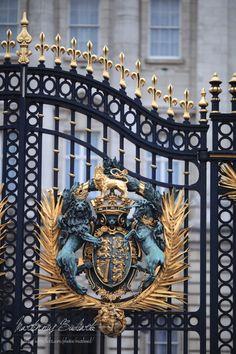 Il faut le faire !  Au Palais Buckingham â Londres.