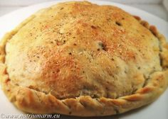 Italiaans gevuld brood Pastry Recipes, Baking Recipes, Cake Recipes, Good Food, Yummy Food, Bread And Pastries, Mediterranean Recipes, Bread Baking, No Cook Meals