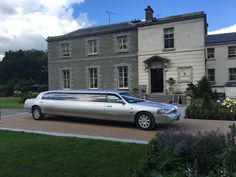 Dublin Vintage wedding cars Meath by AKP Chauffeur Drive offers clients modern Mercedes, Beauford Regent vintage wedding car hire dublin