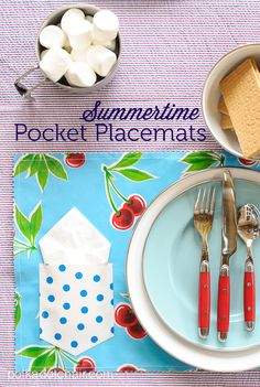 Summertime Pocket Placemat Tutorial by Melissa Mortenson of polkadotchair.com  oilcloth Fabric can be found at Oilcloth Alley www.oilclothalley.com