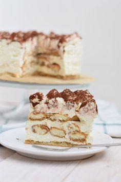 tiramisutaart Sweet Recipes, Cake Recipes, Sweet Bakery, Tiramisu Cake, Pie Cake, Pie Dessert, High Tea, Cheesecake, Food And Drink