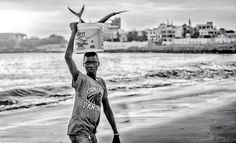 DAKAR VIBES | Avez-vous déjà songé voyager en Afrique? Ce continent aux 1001 visages est souvent abordé comme s'il s'agissait d'un immense pays alors que l'Afrique à l'image de l'Europe ou de l'Amérique est plurielle. Pour en découvrir les atouts il…