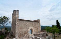 Santuari de la Mare de Déu del Foix - Guillem de la Granada, senyor del castell de Foix, pel seu testament de 1198 féu unes deixes perquè els seus marmessors hi construïssin una església en honor de Déu i de la Mare de Déu.  El 1263 hom té notícia que s'hi feien obres d'ampliació i fou consagrada el 1319. El 1892 hi morí violentament el darrer rector mossèn Pallerols; aleshores fou suprimida la parròquia i el temple restà convertit en santuari de la Mare de Déu de Foix.