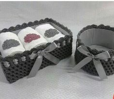 20 Ideas Sewing Patterns For Home Crochet Rugs For 2019 Crochet Quilt Pattern, Crochet Basket Pattern, Knit Basket, Crochet Baskets, Crochet Round, Crochet Home, Diy Crochet, Box Patterns, Diy Box