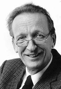 Pierre Janssen (September 19, 1929 - October 27, 2007) Dutch journalist, presenter, museumdirector- and conservator (the program: Kunstgrepen -Avro broadcasting).