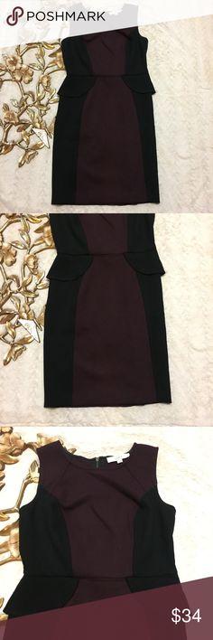 "Ann Taylor Loft Peplum Dress Size 4 Ann Taylor Loft Peplum Dress Size 4 block color dress color black and maroon exposed zipper measurements taken laying flat: 14-1/2"" waist 17-1/2"" armpit to armpit 36"" length from shoulder LOFT Dresses Midi"