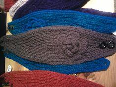 Flower Headband. Category 5 Bulky Weight (LB Oatmeal); Size 10 Straight Needles; Crochet Hook J; Button