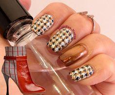 #nailart #stamping #nailart #mani #uñas #diseñodeuñas #uñasestampadas #sexynails…