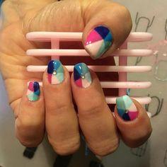 """Mi piace"": 9, commenti: 1 - Debora (@stabilmente_instabile) su Instagram: ""#glitternails #nail #nails #nailart #nailsart #gel #gelmanicure #gelnailart #gelnails #red…"""
