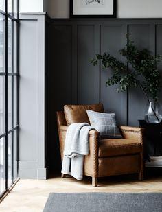 Interior Design Living Room, Living Room Designs, Living Room Decor, Decor Room, Living Rooms, Grey Painted Walls, Dark Walls, Rustic Doors, Rustic Stairs