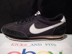 low cost 28c52 cc514 Mens Nike Oceania Retro 2012 Black White size 8 476920-010 preowned Nike