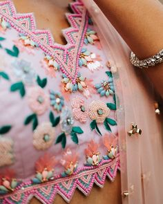 Silk Saree Blouse Designs, Fancy Blouse Designs, Blouse Neck Designs, Sari Blouse, Pink Lehenga, Anarkali Dress, Pink Sequin, Indian Bridal, Indian Outfits