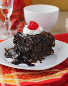Amazing Brownies with Almonds and Hot Fudge ( slow cooker) - Citronlimette