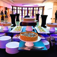 Excite your guests with a sweet buffet! Sweet Buffet, Dessert Buffet, Catering Services, Sweet And Salty, Corporate Events, Food Art, Food And Drink, Desserts, Life