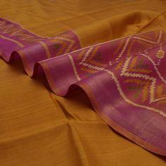 Handwoven Mustard Patola Silk Sari with Zigzag Design 900512106